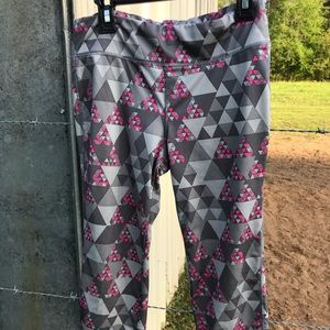 Capri style work out pants.